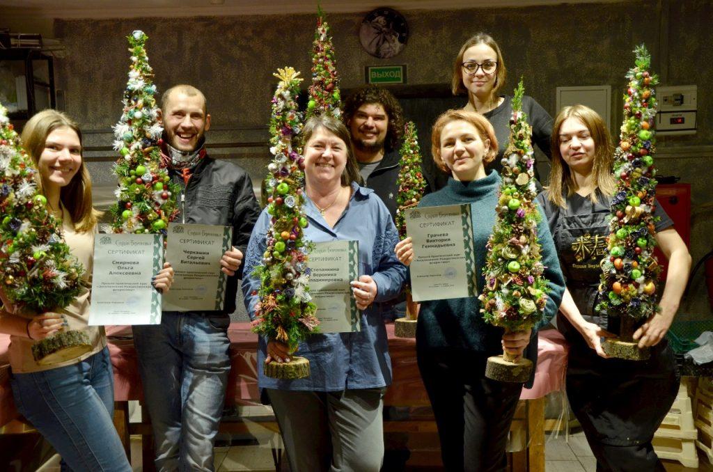 Обучение флористов: новогодняя флористика